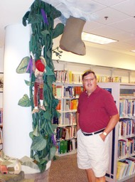 Jack and the Beanstalk sculpture at the Kalamazoo Library