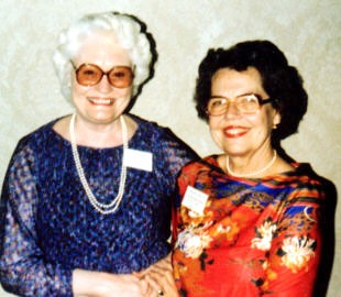 Opal Willis and Bettina Higdon at the 1982 HFA Meeting in Huntsville, Alabama
